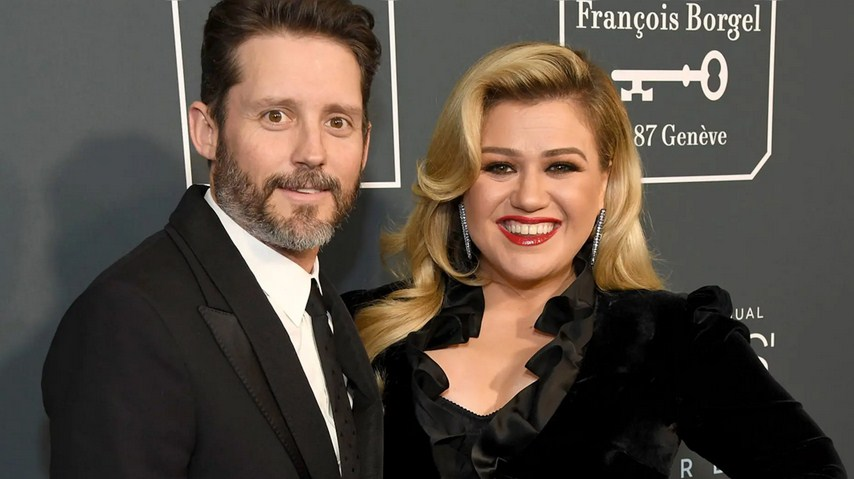 Kelly Clarkson Wins Prenup Agreement in Court, May Evict Husband to Sell House